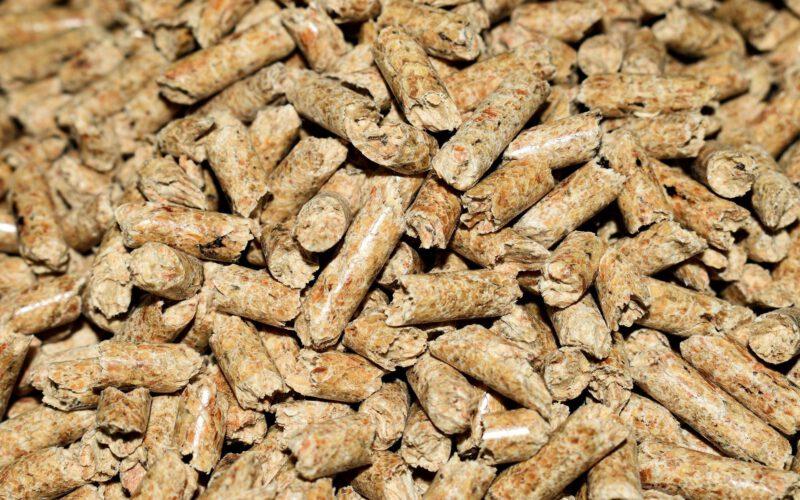 bruine pellets